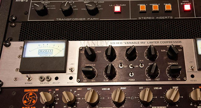 Neve Mastering Compressor and API 5500 Mastering Equalizer for digital Mastering in Woodstock, New York